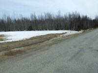 Terrain de plus de 2.5 acres à Haut-Sheila
