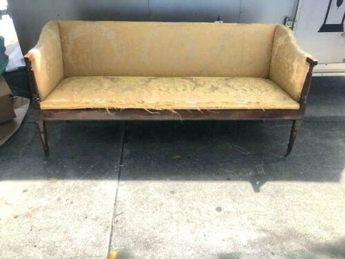 Antique Mahogany Wood Settee e Seat, Regency Style Brass Castors