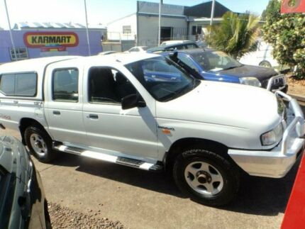 2003 Mazda B2500 Bravo DX (4x4) White 5 Speed Manual Dual Cab Pick-up North St Marys Penrith Area Preview