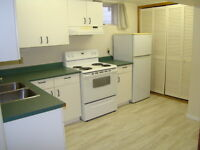 2 BED 1 BATH BSMT SUITE IN EXCELLENT CENTRAL LOCATION!