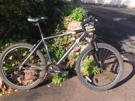 Mens mountain bike. 21 Gears. (Saracen Rufftrax)