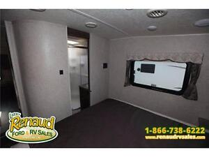 NEW 2016 Forest River Flagstaff Super Lite 526 RLWS 5th Wheel Windsor Region Ontario image 6