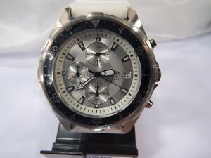 Casio AMW-380 Mens Sport Analog Watch - - NEW in box
