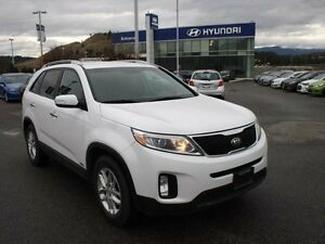 2014 Kia Sorento LX V6 4dr All-wheel Drive &7Pass