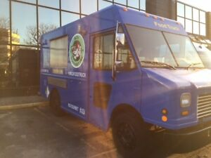 2007 Freightliner Food Truck Business for sale