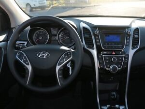 2017 Hyundai Elantra GT SE West Island Greater Montréal image 17