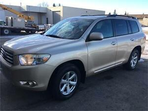 2008 Toyota Highlander SUV LOW KM/EXTRA CLEAN Rduced Price !!