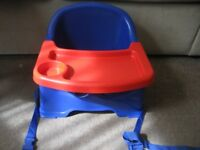 STRATA BABY FEEDING BOOSTER SEAT + TRAY, BLUE & RED, ALL SAFETY STRAPS & INSTRUCTIONS. HOME & TRAVEL