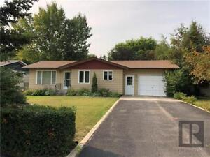 Great value for 3 BR 2 Bath home in Shoal Lake MB