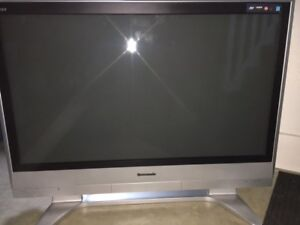 "2006 42"" Panasonic Viera Plasma HD TV"
