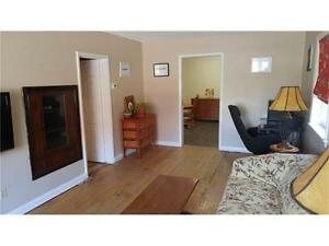 Great little 2+1 Bedroom Semi Detached Bungalow in West Galt Cambridge Kitchener Area image 5