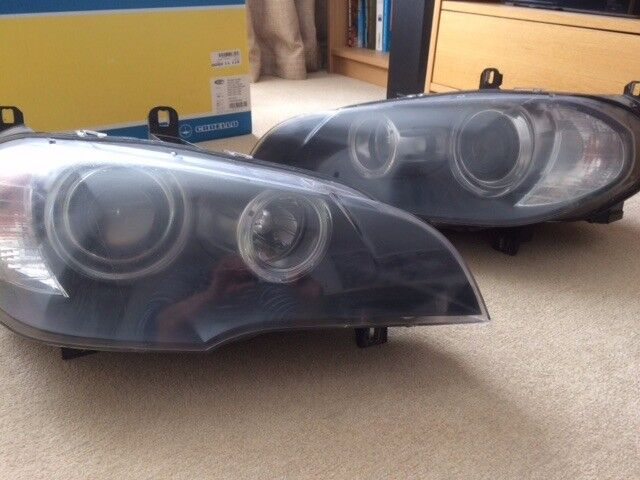 BMW E70 pair of head lights, good condition.