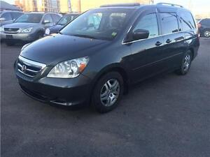 2005 Honda Odyssey EX-,LAUTO,A/C,LEATHER AND SUN ROOF,7PASSENGER