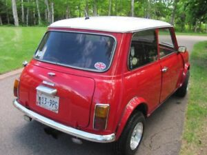 Wanted - This 1975 Austin Mini .   I wish to buy this PEI mini