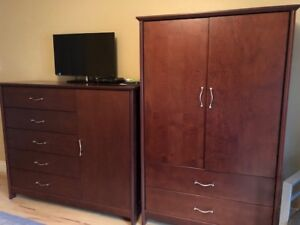 Mobilier de chambre 5 morceaux en bois véritable