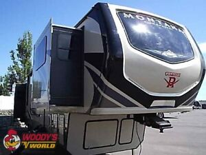 2019 Montana High Country 374FL Front Living 5th Wheel Unused