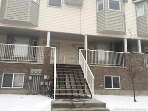 BEST PRICE IN THE AREA FOR THIS 3 BEDROOM,3 BATHROOM CONDO