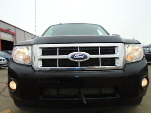2010 FORD ESCAPE XLT SPORT PKG-3.0L V6 -4WD-LEATHER--GREAT SHAPE