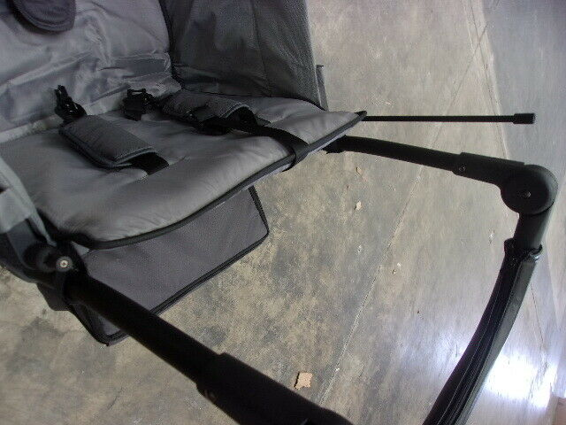 WONDERFOLD Gray Wagon Push Pull 2 Passenger Double Stroller Wagon
