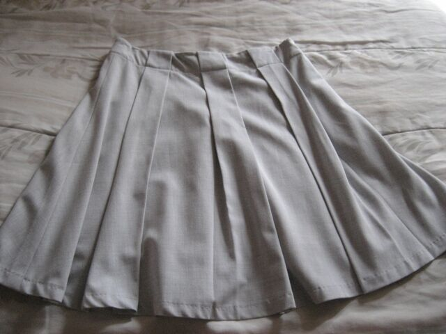 2nd Hand OL Grey Pleated A-line Flare Skirt from Club Marc
