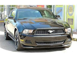 2012 Ford Mustang V6 / 6 SPEED MANUAL