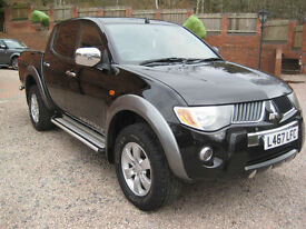 Mitsubishi L200 2.5DI-D 4WD Double Cab Pickup Warrior