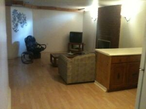 1Room close to Fleming College Westend