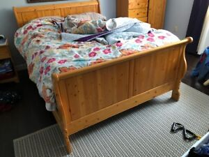 Queen Size Solid Wood Sleigh Bed Frame