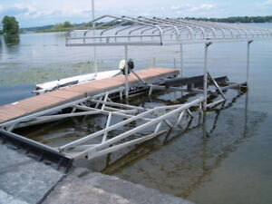 R & J MACHINE CANTILEVER BOAT LIFT WITH CANOPY
