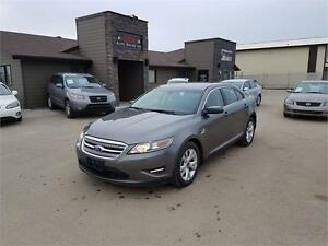 2011 Ford Taurus SEL*AWD*HEATED SEATS & MIRRORS*PARKING SENSORS*