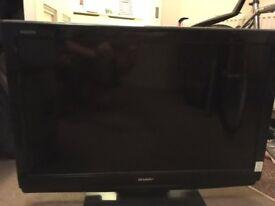 """Sharp AQUOS 32"""" LCD TV (blinking fault)"""