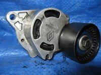 Belt tensioner Renault Espace MK4 2.2DCI GT9 733