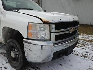 Truck Cab - 2dr Regular -2008 2009 Silverado Sierra 2500HD White Peterborough Peterborough Area image 1