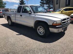 2003 Dodge Dakota Sport 2dr Club Cab S