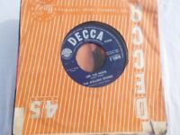 Vinyl 7in 45 Off The Hook / Little Red Rooster – The Rolling Stones Decca F 12014