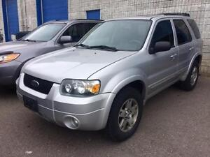 2005 FORD ESCAPE LIMITED AWD BACK SENSORS LEATHER, SUNROOF,AUTO
