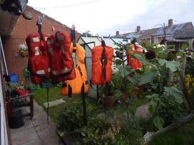 5 life jackets board of trade