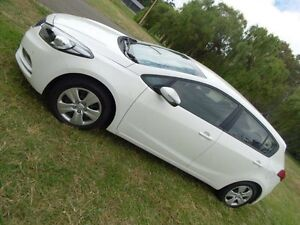 2015 Kia Cerato YD MY16 S Clear White 6 Speed Automatic Hatchback Hendon Charles Sturt Area Preview