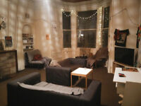 Flat to rent in Polwarth