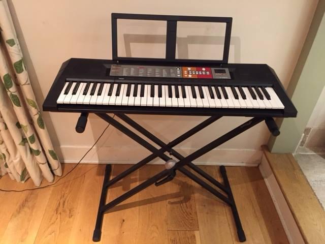 yamaha psr f50 portable keyboard and adjustable stand in. Black Bedroom Furniture Sets. Home Design Ideas