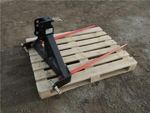 "HLA 3pt. Hitch Bale Spear - 49"" tines, 2"" receiver for ball hitc Regina Regina Area image 3"
