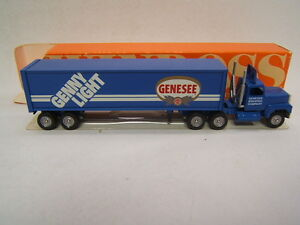 Winross-Genesee-Genny-Light-Tractor-Trailer-MIB-Ford-CL9000-Cab1993