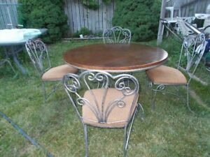 Art Shoppe Table and 4 Chairs, Wrought Iron and Wood