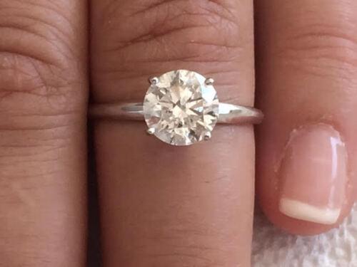 2.10ct Round Cut Solitaire Diamond Engagement Ring 14k White Gold D Color Vs2