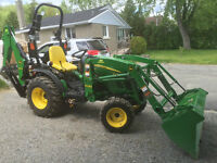 **BRAND NEW 2014 John Deere 2025R Backhoe Loader**