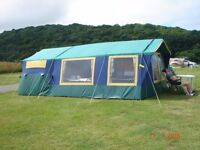 Trailer tent Suncamp 400 SE. Excellent condition with kitchen extension, sink and stove.