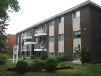 INCENTIVE ~ 2 Bdrm in Adult Bldg a Block from Oliver Square!