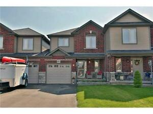 Gorgeous Semi-Detached Home! ID3207246