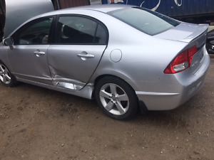 2009 honda civic for parts.  161 km 5 spd transmission.  $1500