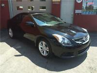 2011 Nissan Altima 2.5 S 68385km Coupe-Cuir Rouge-Toit-Camera...